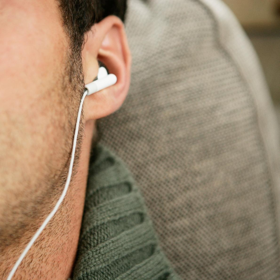 Hanganyaggal tanulás Nincs Többé Jófiú