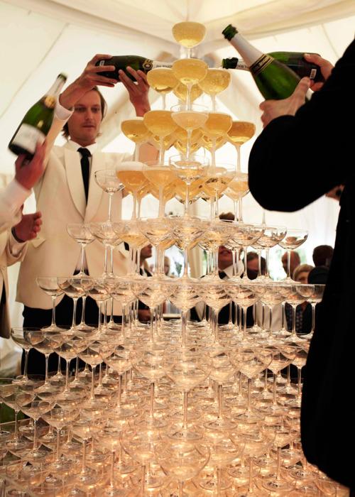 pezsgő és töltődés